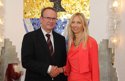 Das neue Team für Groß Enzersdorf: Vbgm. Michael Paternostro und Bürgermeisterin Monika Obereigner-Sivec. ©Dr. Herbert Slad