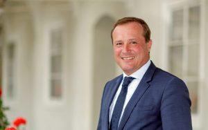 Ulrich Zafoschnig übernimmt die Bereiche Wirtschaft, Industrie, Tourismus und Mobilität. ©Kärntner Volkspartei/Jannach