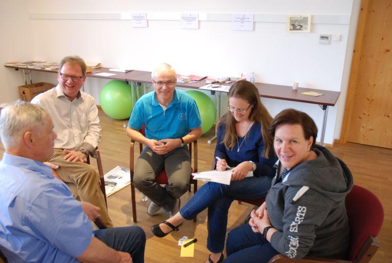 """In den """"Gut geht's"""" Seminaren erfahren die Teilnehmer mehr darüber, wie Gesundheitsförderung in der Gemeinde umgesetzt, finanziert und nachhaltig verankert werden kann."""