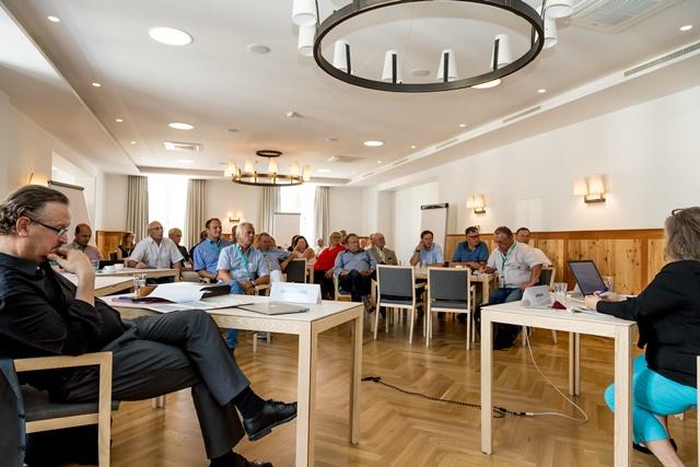 Forum 2 wurde von Mag. Dr. Wolfgang Unterhuber (Chefredakteur RMA, links) geleitet. ©event-fotograf/Gemeindebund