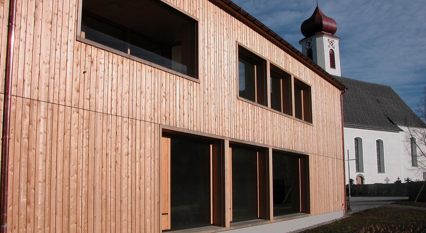 In Krumbach ist selbst das Pfarrhaus ein Passivhaus. ©Adolf Bereuter