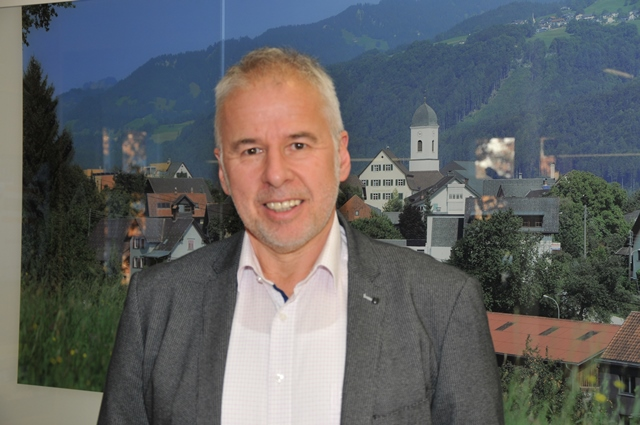 Thomas Lampert tritt die Nachfolge des Langzeitbürgermeisters Helmut Lampert an. (Bild: ZVG)