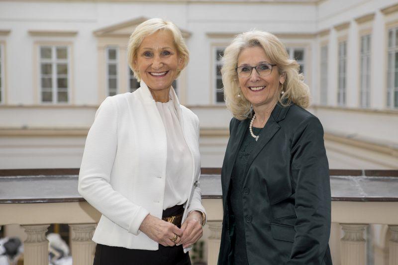 Die Bürgermeisterinnen Sonja Ottenbacher und Roswitha Glashüttner verstärken ab sofort das Präsidium des Österreichischen Gemeindebundes. ©Schuller
