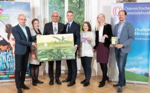 """""""Die Brennnessel"""" ist ein Projekt von Blühendes Österreich (Privatstiftung der REWE International), ADEG und dem Österreichischen Gemeindebund. Im Rahmen der """"Brennnessel"""" werden Projekte für Biodiversität und Nachhaltigkeit ausgezeichnet und unterstützt. ©Blühendes Österreich/Robert Harson"""