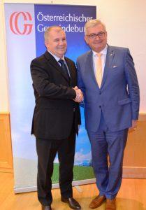Partner und Freunde - Präsident Martin Baricevic und Präsident Alfred Riedl. ©Gemeindebund