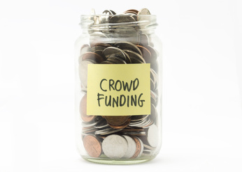 Crowd-funding_BR_©_abdrahimmahfar_-_Fotolia.com_CUT