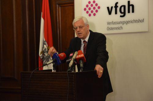 Vfgh_Praes-Dr-Gerhart-Holzinger_WEB