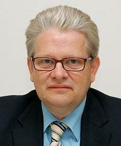 Georg Bantel ist 37 Jahre Bürgermeister der Vorarlberger Gemeinde Möggers. Er leitet ein europaweit exportierendes Unternehmen und war bei seiner Wahl jüngster Bürgermeister Österreichs. (Bild: ZVG)