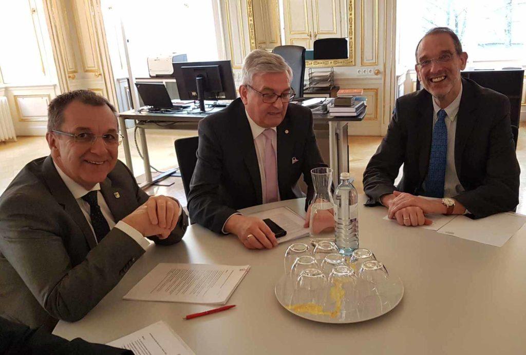 Erst kurz im Amt, aber als Ansprechpartner für die Gemeinden wichtig: Bildungsminister Heinz Faßmann. ©Gemeindebund