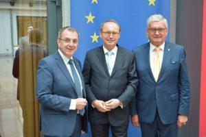 .. den Abgeordneten zum EU-Parlament Othmar Karas und ..©Gemeindebund