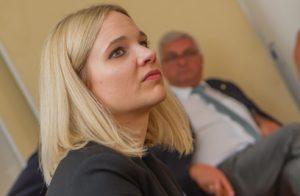 Journalistin Christina Pausackl leitete das Forum 1. ©event-fotograf.at
