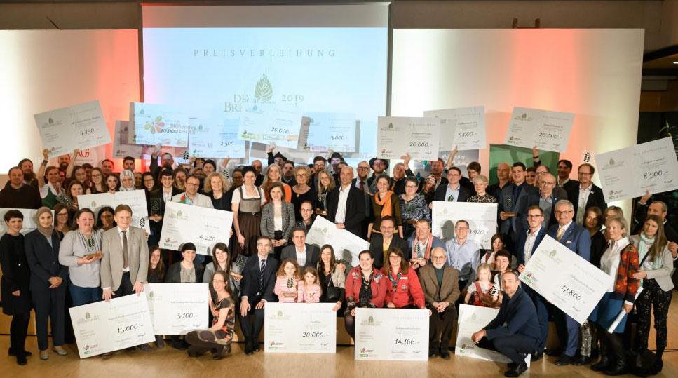 """Zu den 24 Preisträgern des Naturschutzpreises """"Die Brennnessel"""" gehören auch einige Gemeinden. ©Blühendes Österreich"""