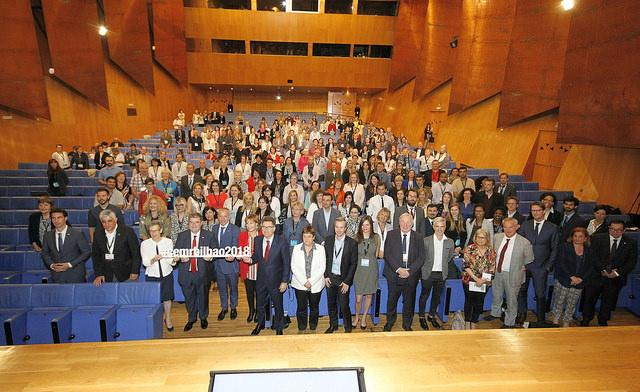 Rund 500 Teilnehmer/innen aus allen Teilen Europas kamen zur Konferenz in Bilbao, der europäischen Hauptstadt des Jahres 2018, um über Gleichstellung, Vielfalt und Inklusion zu diskutieren und Best-Practice-Beispiele auszutauschen. ©CEMR Bilbao 2018