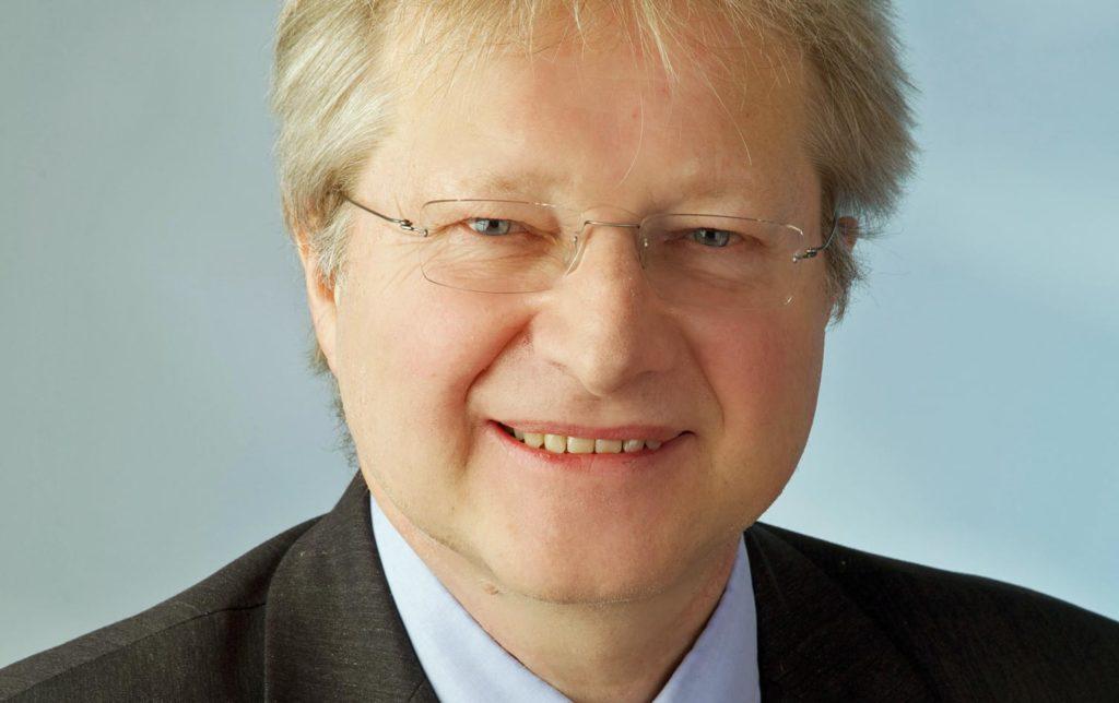 Nach 28 Jahren gibt Helmut Hums das Bürgermeisteramt auf. (Bild: ZVG)