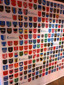 Die Wappen der 311 finnischen Gemeinden. ©Gemeindebund