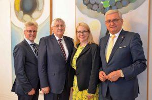Beim Antrittsbesuch mit dabei waren Generalsekretär Walter Leiss, Gemeindebund-Vize Hans Hingsamer und Präsident Alfred Riedl. ©Gemeindebund