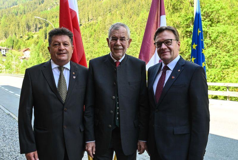 Präsident Ernst Schöpf, Bundespräsident Alexander Van der Bellen und Landeshauptmann Günther Platter ©TGV/Daniel Liebl